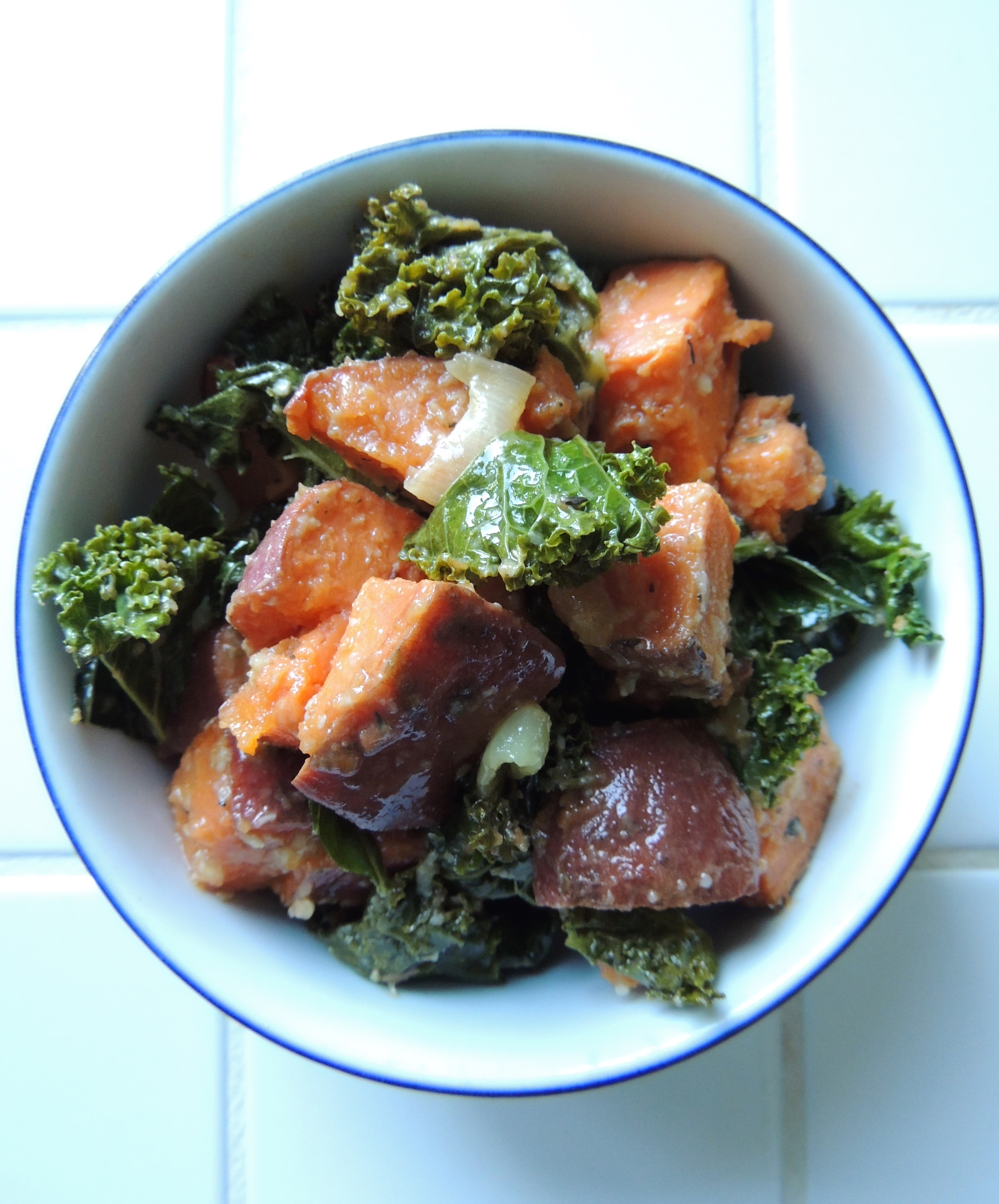 Living Healthy In Seattle: Garlicky Roasted Yams & Kale