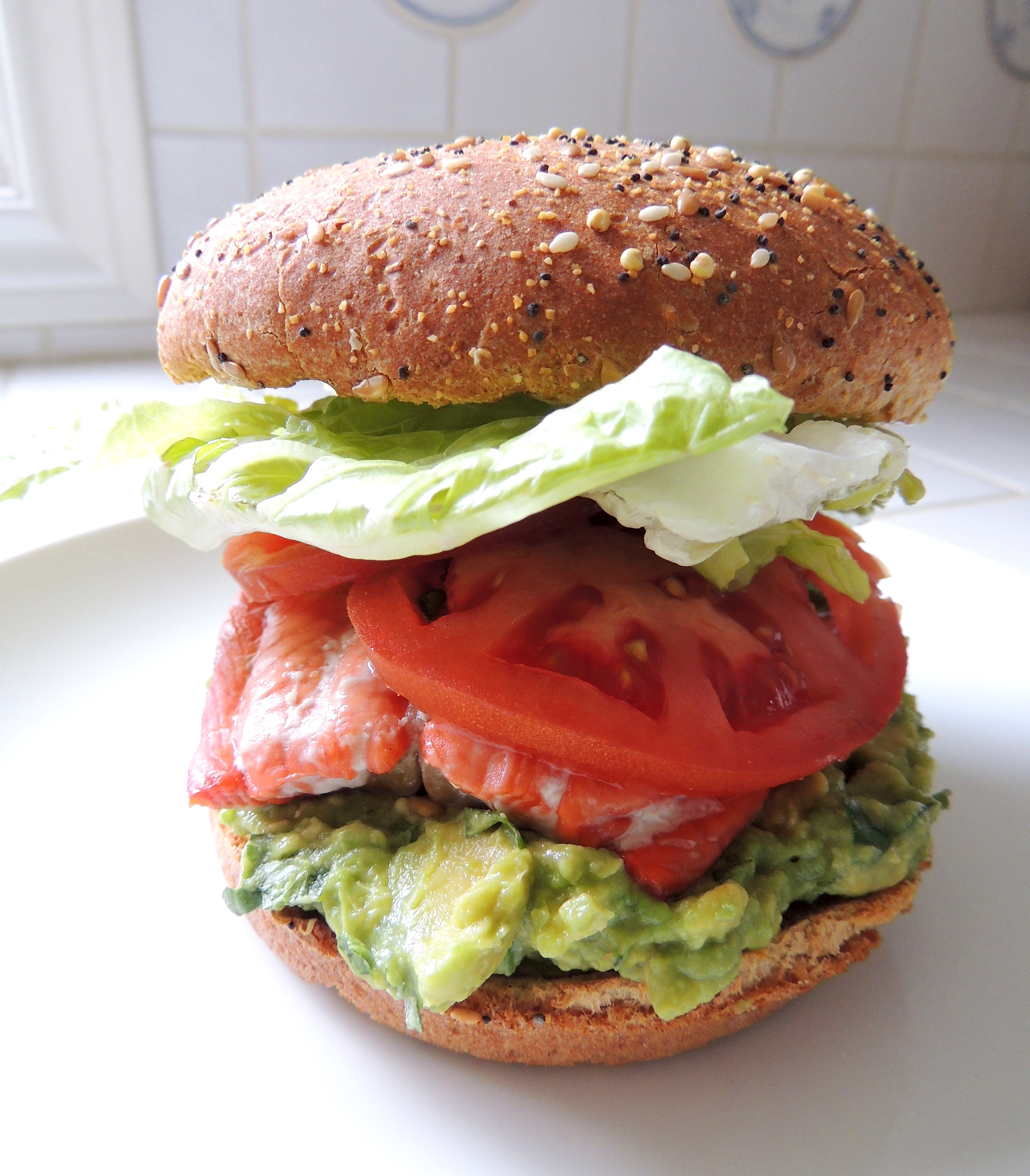 Living Healthy In Seattle: Grilled Salmon Sandwich With Guac