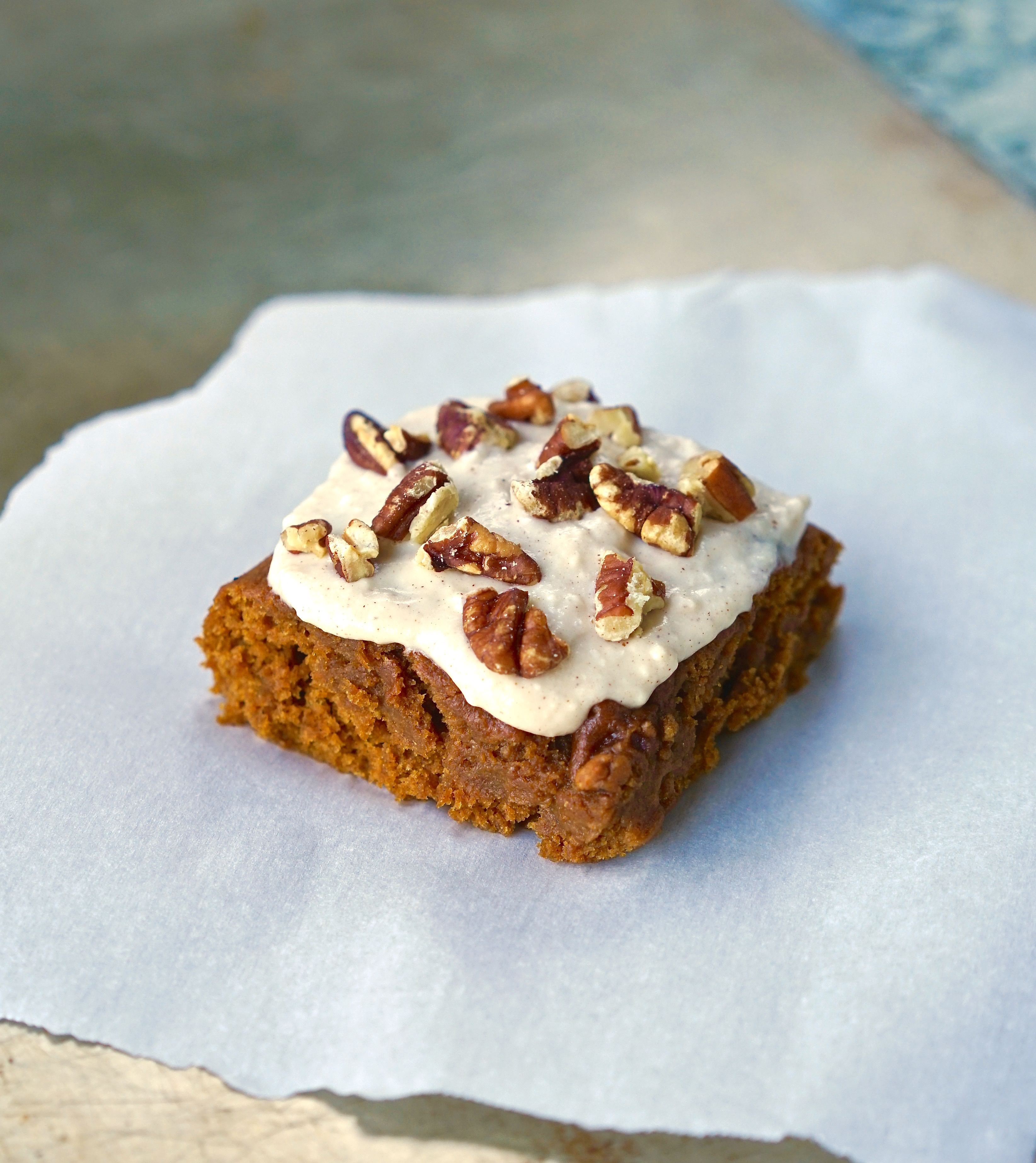 Vegan Pumpkin Spice Bars with Maple Cream Cheese Frosting | Living Healthy in Seattle